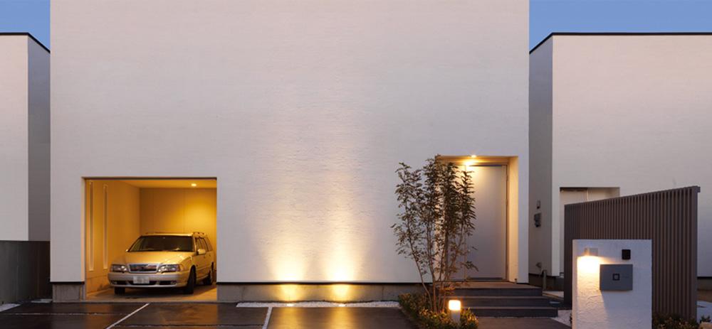 そのデザイン性の高い作品はまるで高級ホテルのような家。内装にもこだわったデザイン住宅、幅の広いテイストのデザイン住宅